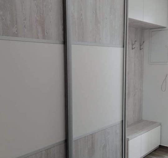 Šatníkove skrine s posúvnymi dverami